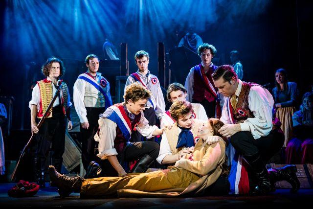 Les Misérables   Stage Whispers