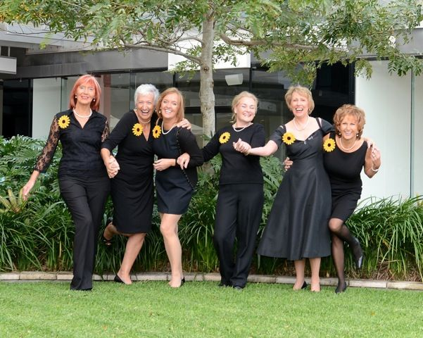 And Cast Of Gold Coast Little Theatre S Production Calendar Girls