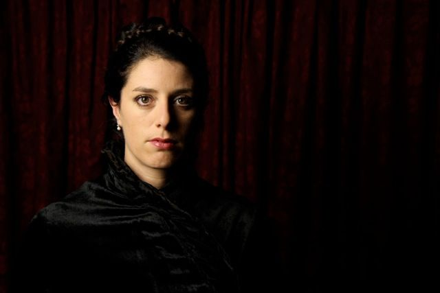 an overview of the strong and trapped woman hedda gabler a play by henrik ibsen Perhaps one of the most prominent points of the play is the portrayal of women and  henrik ibsen's plays are socially  hedda gabler: strong.