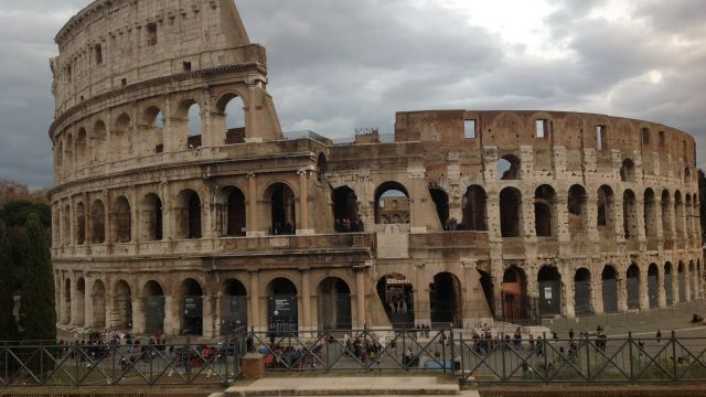 Theatrical Secrets of the Colosseum