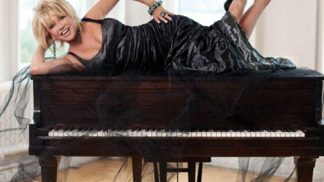 Elaine Paige to Tour Australia in October