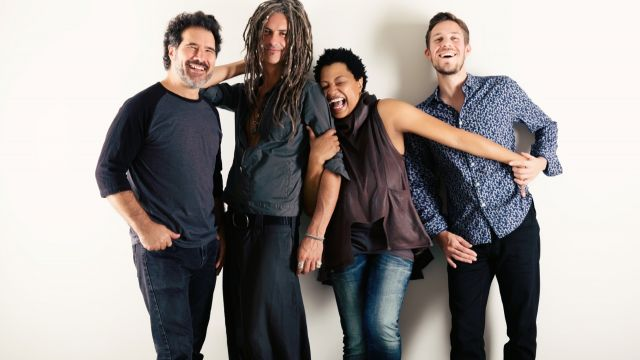 Ms Lisa Fischer with Grand Baton