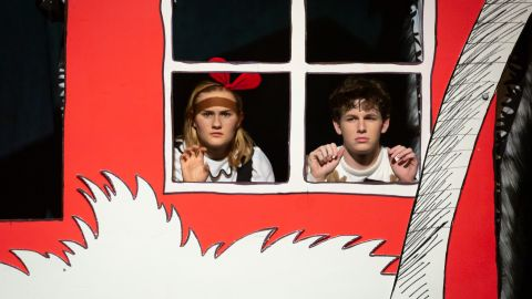 Dr. Seuss' The Cat in the Hat - Full Set and Props