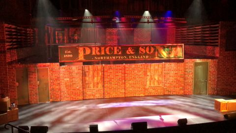 KINKY BOOTS - Set for hire
