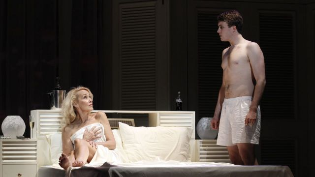 Jerry Hall to Reprise Mrs Robinson in Sydney in 2016
