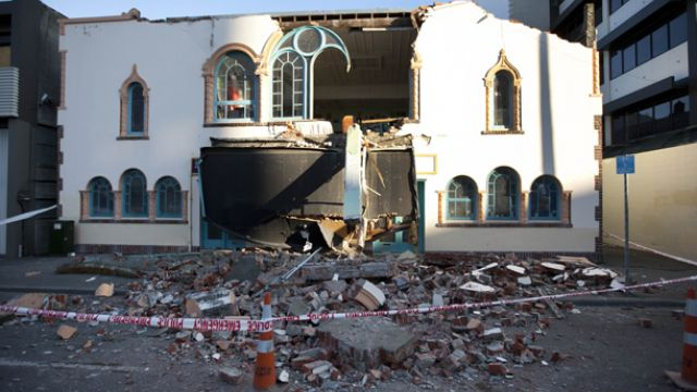 Silver Lining for Earthquake Damaged Theatre.