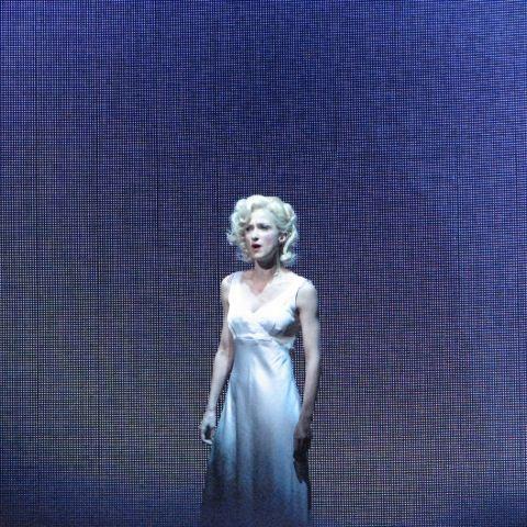 Esther Hannaford as Ann Darrow